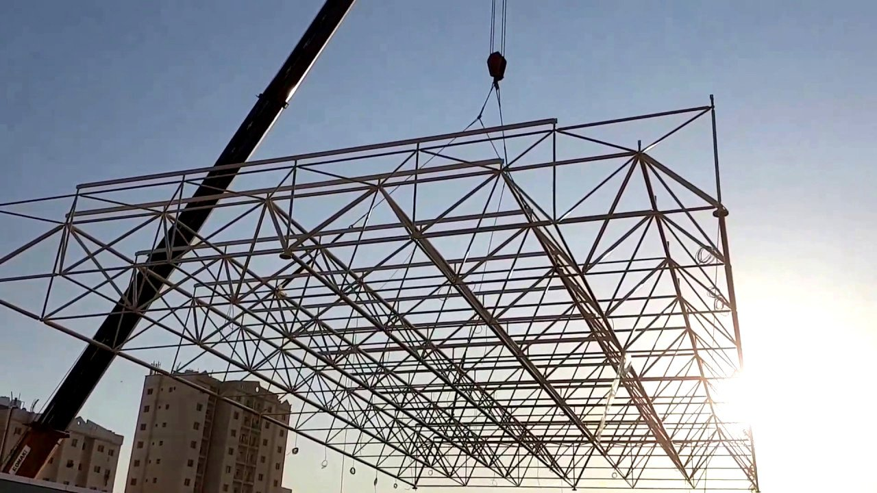 Uzay çatı montajı